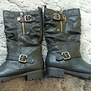 Guess black combat style boots NWOT size 10